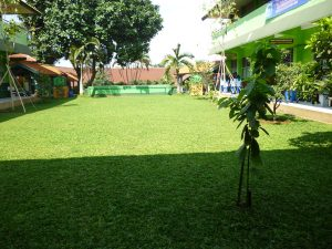 07 Lapangan Dalam (Taman)